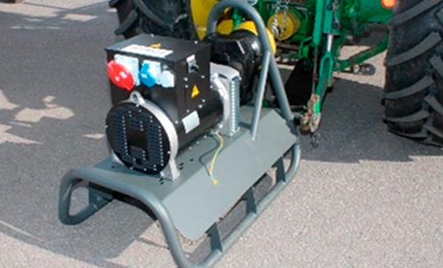 Voimalaite-Service-traktorigeneraattori-avomalli